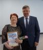 вручение Приветственного адреса с Днем рождения  председателю Совета солдатских матерей Т.А. Слесаренко