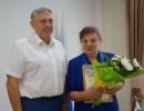 Поздравление с юбилейным Днем рождения и вручение Приветственного адреса  Почетному гражданину, председателю Тальменского Совета ветеранских организаций М.П. Озеровой
